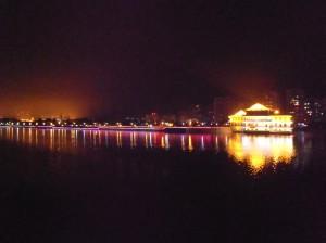 Le Yangzi de nuit à Yichang