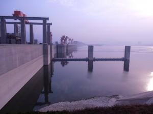 Le haut du barrage